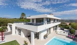 Alquiler por temporada Villa Biot