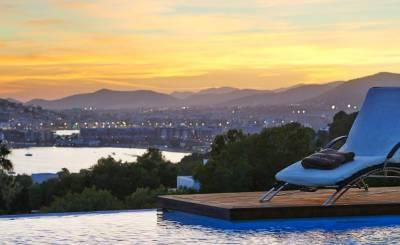 Alquiler por temporada Villa Cala Tarida