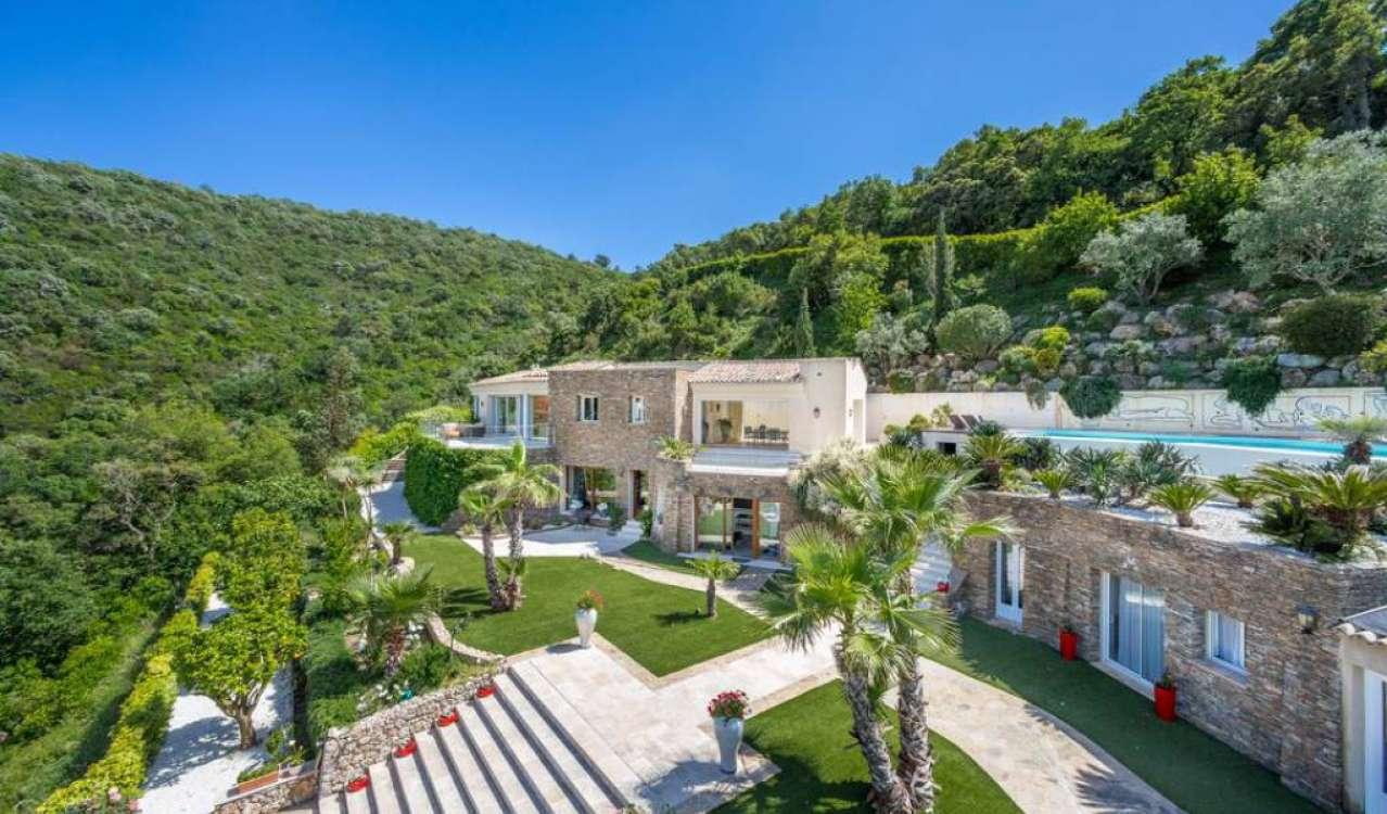 Alquiler por temporada Villa Gassin