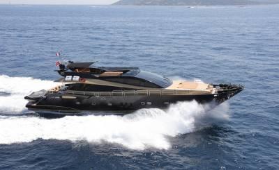 Alquiler por temporada Yate de motor Cannes