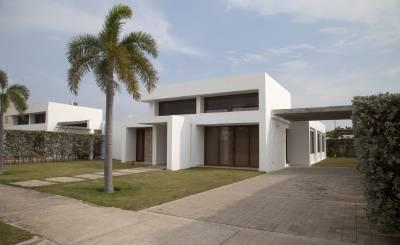 Venta Casa Manzanillo del Mar